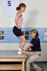 Knee Pain While Climbing Stairs May Signal Early Osteoarthritis - Bon  Secours InMotion